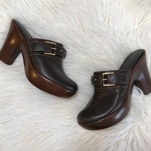 Tommy Hilfiger slip on clogs miles heeled size 6.5